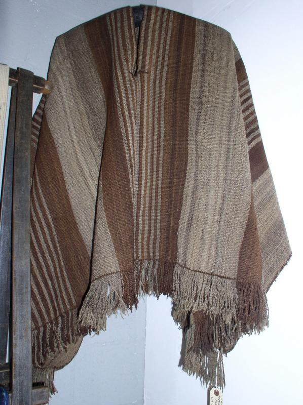 Mapuche Poncho Chile Ca 1900 Natural Undyed Sheeps Wool