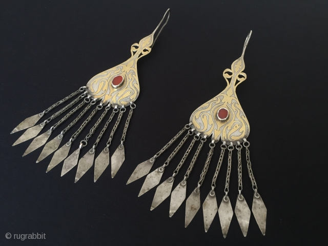 Central-Asia Turkmenistan-Tekke Traditional Ethnic Wedding Silver Pair Earrings.with cornalian fire gilded Best condition Circa-1900s Height ''22'' - Width ''5.5'' cm - Weight : 82 gr Thank you for visiting my rugrabbit store  ...