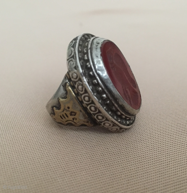 Central-Asia Turkmen antique silver ring with bird on the cornalian and fire gilded original ethnic tribal jewelry / jewellery Fine condition ! Circa - 1900 or earlier Size - 18 x 28  ...