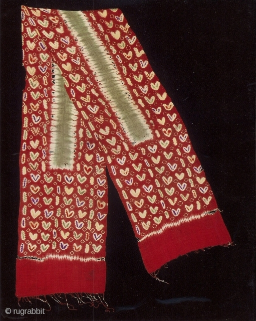 Indonesian Balinese textiles Indonesia - Bali 004 – (262cm x 40cm – 103in x 16in), Pelangi, silk, dyes stitch resist dyeing, tie - dyeing, 80 -100 years, very rare.