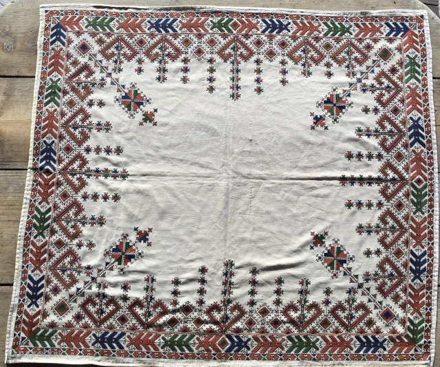 Silk on cotton stitching. Cm 92x106. Tajikistan? Dagestan? Bulgaria? In any case a great nice piece.