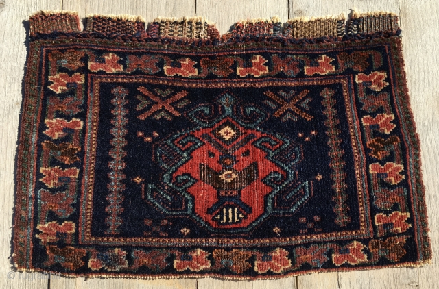Afshar bag face. Cm 33x51. End 19th c. All natural dyes. Lovely, small & beautiful. € 300 plus shipping.