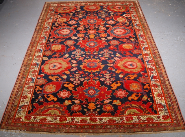 Outstanding Malayer rug, size: 210 x 160cm. click the link www.knightsantiques.co.uk to view more items.