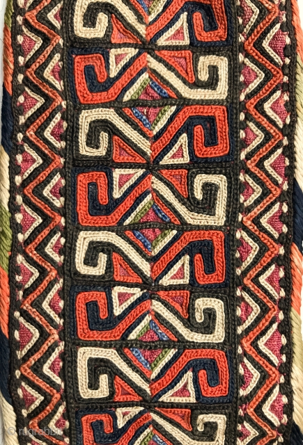 A superb and very fine antique silk embroidered Turkoman Turkmen talismanic armband (bazooband) attribute to Yomud / Yomut tribes. Dating to the 19th century, this excellent Central Asian embroidery has wonderful workmanship  ...