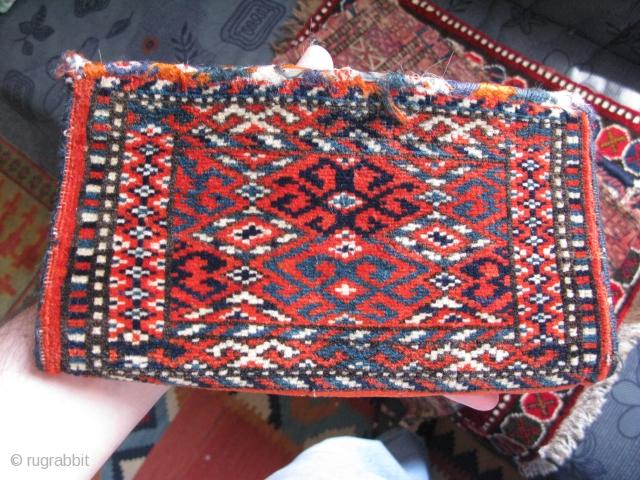 """Turkmen mini chanteh. Size: 5.5"""" x 9.8"""" - 14 cm x 25 cm."""