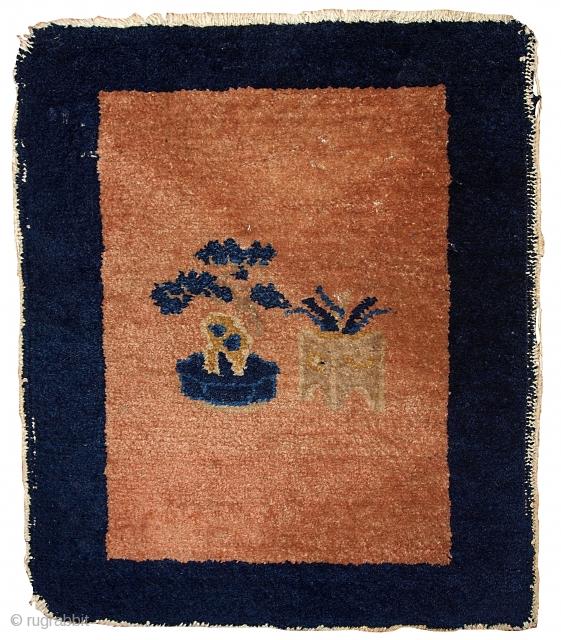 Handmade antique Chinese Art Deco Peking rug 1.8' x 1.10' ( 54cm x 58cm ) 1930s - 1B362