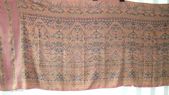 Cambodian textiles  Cambodia 003 (330cm x85cm - 130in x 33,5in) condition 2 small tear, faded color, extremely beautiful and rare, age late 19th century.