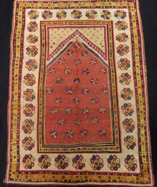 Mid 19th Century Manastır Prayer Rug Size.158x116cm
