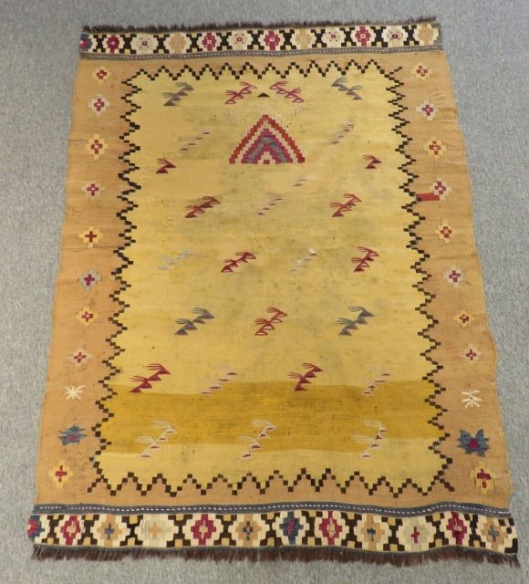Mid 19th Century Manastır Kilim Some old Repair in the midle Size.130x97cm