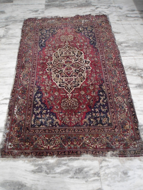 Circa 1880s or earlier ISfahan rug