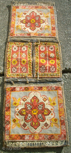 Nice anatolian Heybe. Size: 139 x 48 cm. Very good condition. Nice colors, some synthetic. 