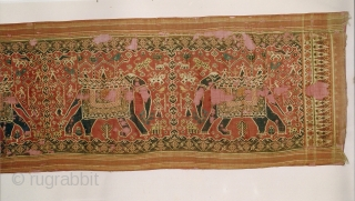 Indian trade textiles 002 - silk patola double Ikat, ceremonial cloth and sacred heirloom, 4 large elephants, 18th century, various large and small damages, extremely rare. Price on request.