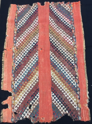 Graphics. Colors. Age. Anatolian cuval fragment with a terrific graphics. Second half 19th century. Cm 80x120 ca. Lovely natural saturated colors. Great pattern. Great fragment. Not mounted. Probably better than a modern  ...