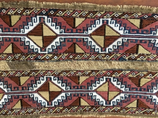Anatolian cuval or storage bag. Sumack center part. Cm 50x95 ca. 1880/1890. Great pattern with eight hooked medallions. Lovely colors. Not exp.