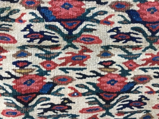 Bidjar small kilim. Cm 105 x150. Antique, sweet, small, proportioned, great natural saturated colors: various reds, greens, blues, and yellow, brown black, pink, etc. Fantastic abstract graphicsish pattern with animals, flowers...a mix  ...