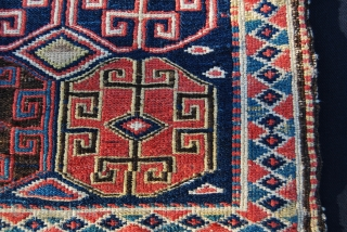 Shahsavan sumack bag face. Cm 52x54. Second half 19th c. Great saturated colors. In good condition. Previously belonging to a wise and happy Italian collector. A super piece. See the various, deep,  ...