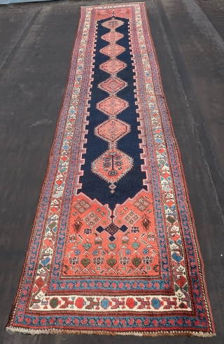 Caucasian, NW Persian Kurdish, runner, wool on wool, ca; 480 cm x 90 cm b/c condition. Some corrosion in the black. First Qth.20Th .( One cut and shut, in the middle part,  ...