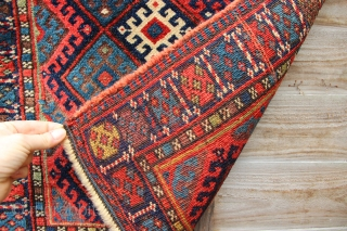Very nice all natural Jaf Kurd bagface in full, glossy pile, 19th century.