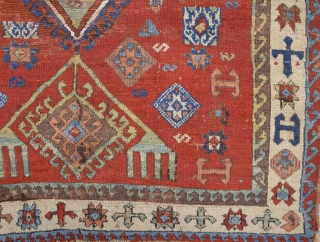 Early 19th Century Kurdish rug size 103 x 150 ıt has nice unusual border.