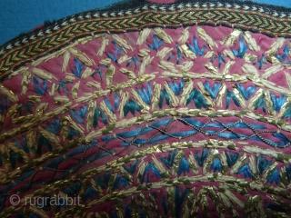 Persian embroidery, 25 cm, 9.8 inch dia.