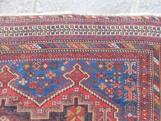 177 x 144 cm.