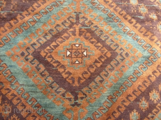299 x 140 cm. is the size of this antique BELOUCH knotted MUSHWANI tribe. All natural dyes. Excellent wool. The carpet has been knotted in all wool (pile, weft, warp are wool) and  ...