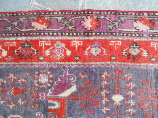 324 X 161 CM IS THE EXACT SIZE OF THIS ANTIQUE CARPET. KNOTTED IN CHINA XINJIANG, EAST TURKESTAN, OASI OF KHOTAN. VERY GOOD CONDITION, WASHED AND PROMPT FOR TO USE IN YOUR HOUSE. WOOL ON  ...