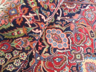 Kashan period deko. 437 x 318 cm. Perfect condition. FULL pile, no restors, repils or damages. Great palace carpet with a beautiful colors palette. Wonderfull extra fine knot and beautiful shiny wool. ALL original. Washed and  ...