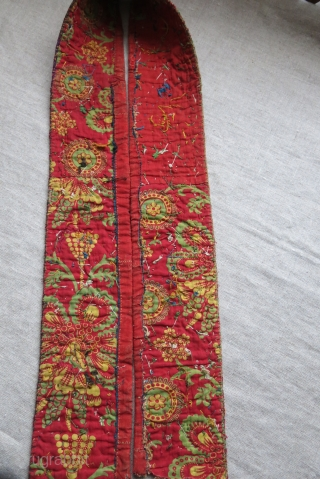 Turkmen Chodor chapan collar.Natural colors, great condition, turn over century.