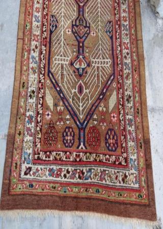 Antique persian rug in good condition .210 x 90 cm  www.eymen.com.tr