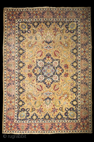 "Tabriz, early 20th century, wool on cotton, 350x255 cm, perfect, all organic colours, extremely detailed, graphic drawing, note the tension between the ""safavid-sicked leaf"" field and the rectangularly drawn salmon border. Also  ..."