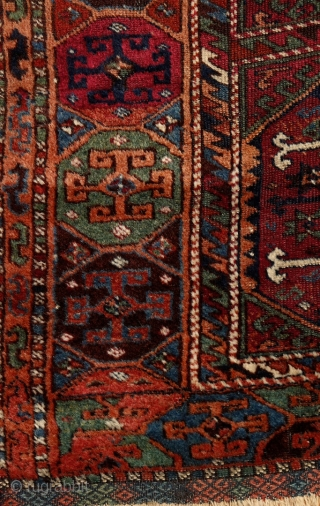Reshwan rug, ca. 1870., Eastern Anatolia, 170x120cm. Pre-commercial, tribal piece. Magnific, elegant, deeply saturated all organic dyes incl. many refreshing greens.... glowing, silky wool. Original kilim finishing on both ends with Cicim  ...