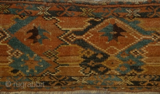 Tired of commercial stuff? Then here you have something else: raw, free & individual work of Ersari tribe. Full of asymmethry and movement. Ersari torba, turn of 19/20th century, soft wool, floopy  ...