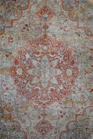 Fine Silk Hadji Jalili Tabriz, 155 x 144 Cm. 