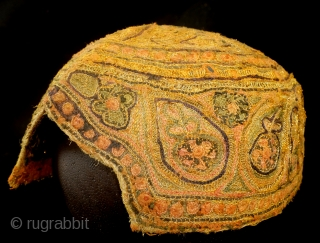 Cap,Turkman, fine embroidery with gold brocade.  High 10 cm. wide 18 cm.