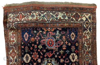 Antique Koerdish Bidjar Harshang runner.  420 x 110 Cm  1880.  wool on wool.   The pattern comes from the Kuba area, Caucasus.  It became popular in the 19th century and Koerdish people stated  ...