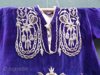 Ottomanian garment made of purple velvet embroidered with silver thread