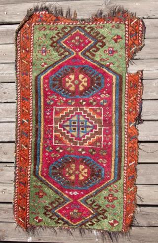 Eastern Anatolian Yastik 57 x 102 cm / 1'10'' x 3'4''