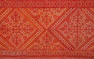 Fez Embroidery  78 x 101 cm / 2'6'' x 3'3''