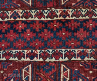Turkmen Yomud Ensi 140 x 177 cm / 4'7'' x 5'9''