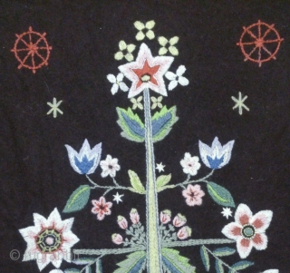 Antique Swedish embroidery wool on wool, no: 245, size: 77*52cm, Tree of Life design, wall hangings.
