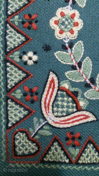 Antique pillow Swedish embroidery, no: 326, size: 40*39cm, wool on wool.