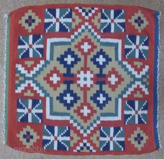 Antique Swedish kilim(Rolakan technique), no: 339, size: 55*53cm.