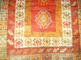 Old nice anatolian Yastik. Size: 51 x 82 cm. Very good condition.